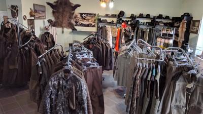 Pinewood oblečení